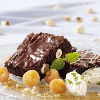 Photo du produit <span>Brownies moelleux au chocolat et noisettes</span>